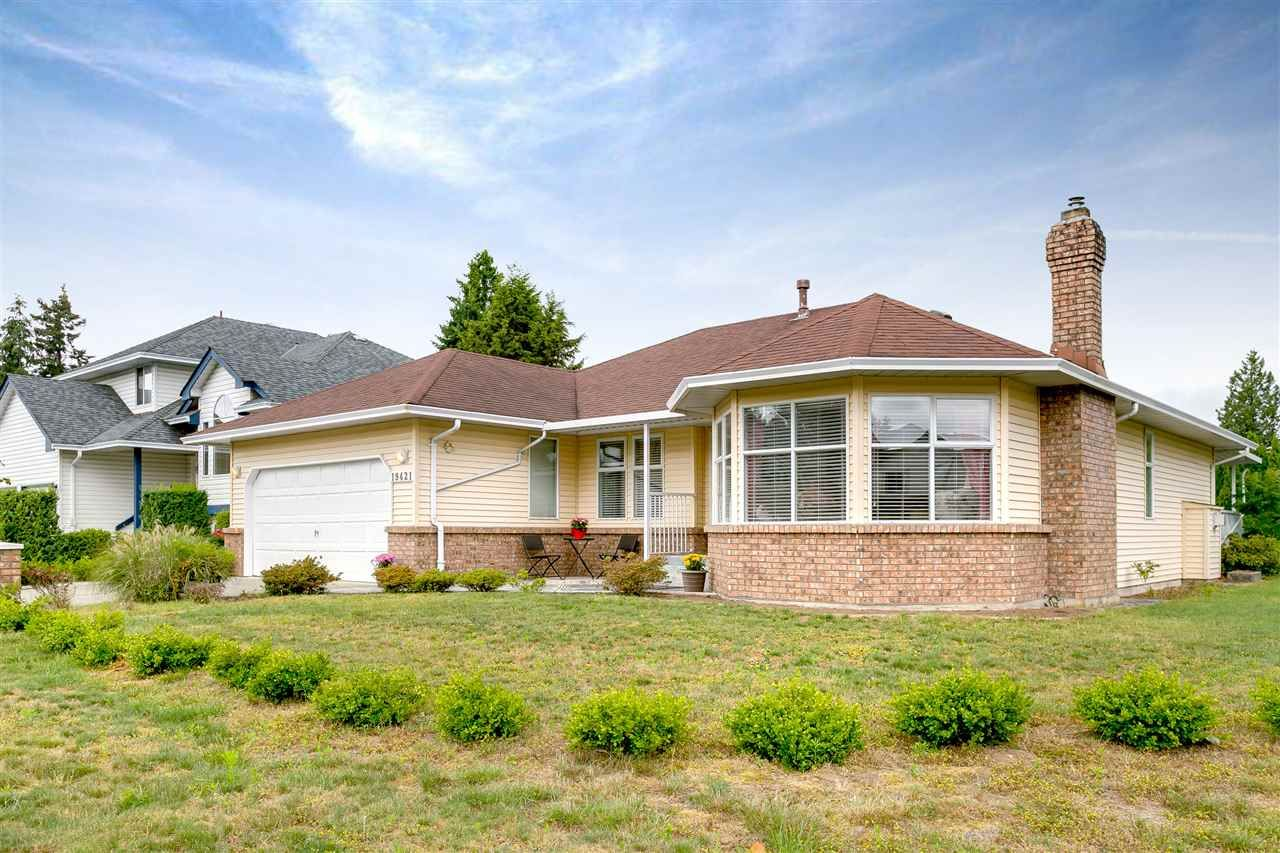 Main Photo: 19421 123 Avenue in Pitt Meadows: Mid Meadows House for sale : MLS®# R2302584