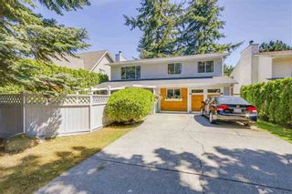 Photo 3: 2232 MADRONA PLACE in South Surrey White Rock: King George Corridor Home for sale ()  : MLS®# R2188331
