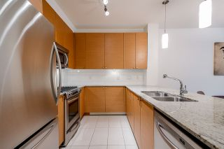 Photo 6: 111 101 MORRISSEY ROAD in Port Moody: Port Moody Centre Condo for sale : MLS®# R2410630