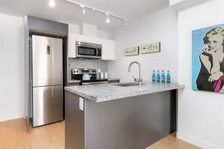 """Photo 3: 912 188 KEEFER Street in Vancouver: Downtown VE Condo for sale in """"188 KEEFER"""" (Vancouver East)  : MLS®# R2306142"""