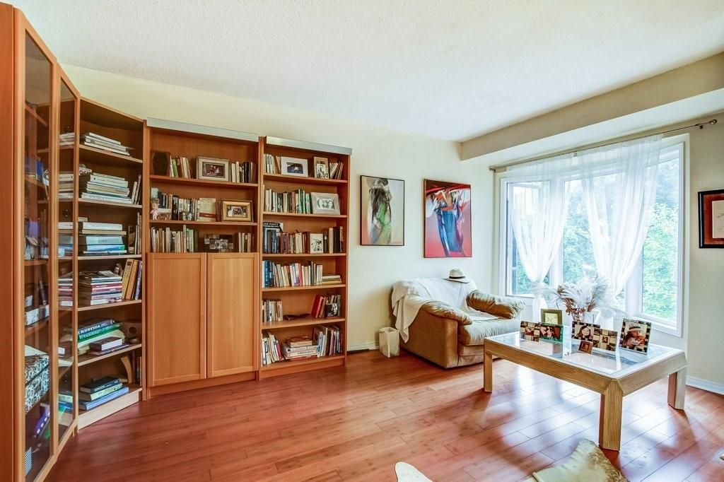 Photo 14: Photos: 23 HARBOUR Drive in Stoney Creek: Residential for sale : MLS®# H4086318