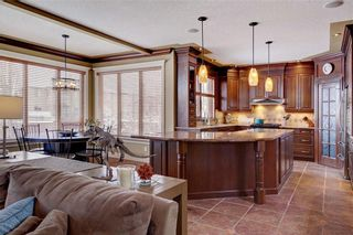 Photo 7: 115 WESTRIDGE Crescent SW in Calgary: West Springs Detached for sale : MLS®# C4226155