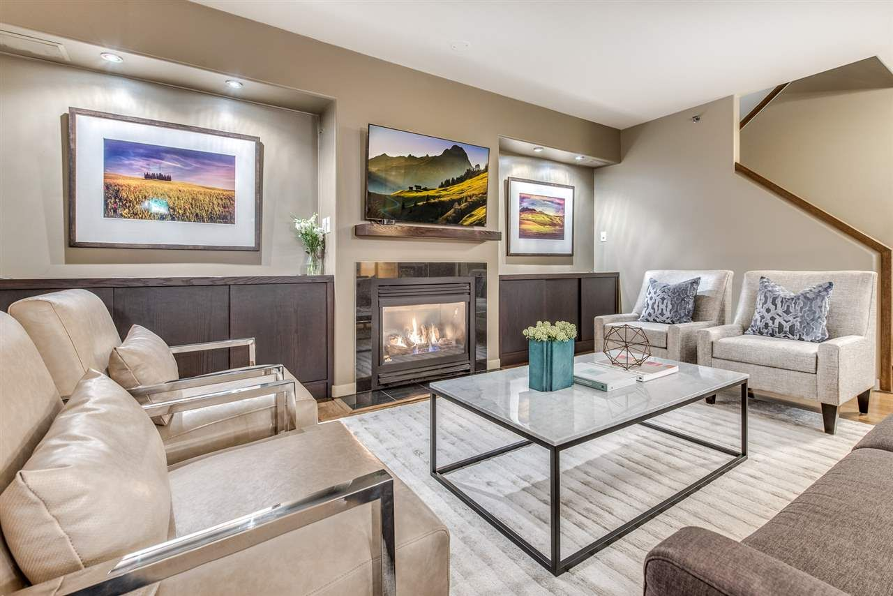 Main Photo: 1405 819 HAMILTON STREET in Vancouver: Downtown VW Condo for sale (Vancouver West)  : MLS®# R2219553