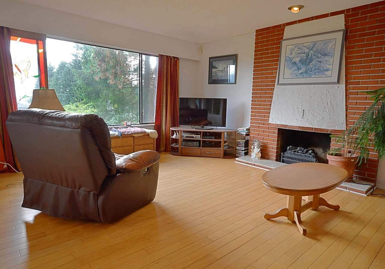 """Photo 6: Photos: 3033 STARLIGHT Way in Coquitlam: Ranch Park House for sale in """"RANCH PARK"""" : MLS®# R2208211"""