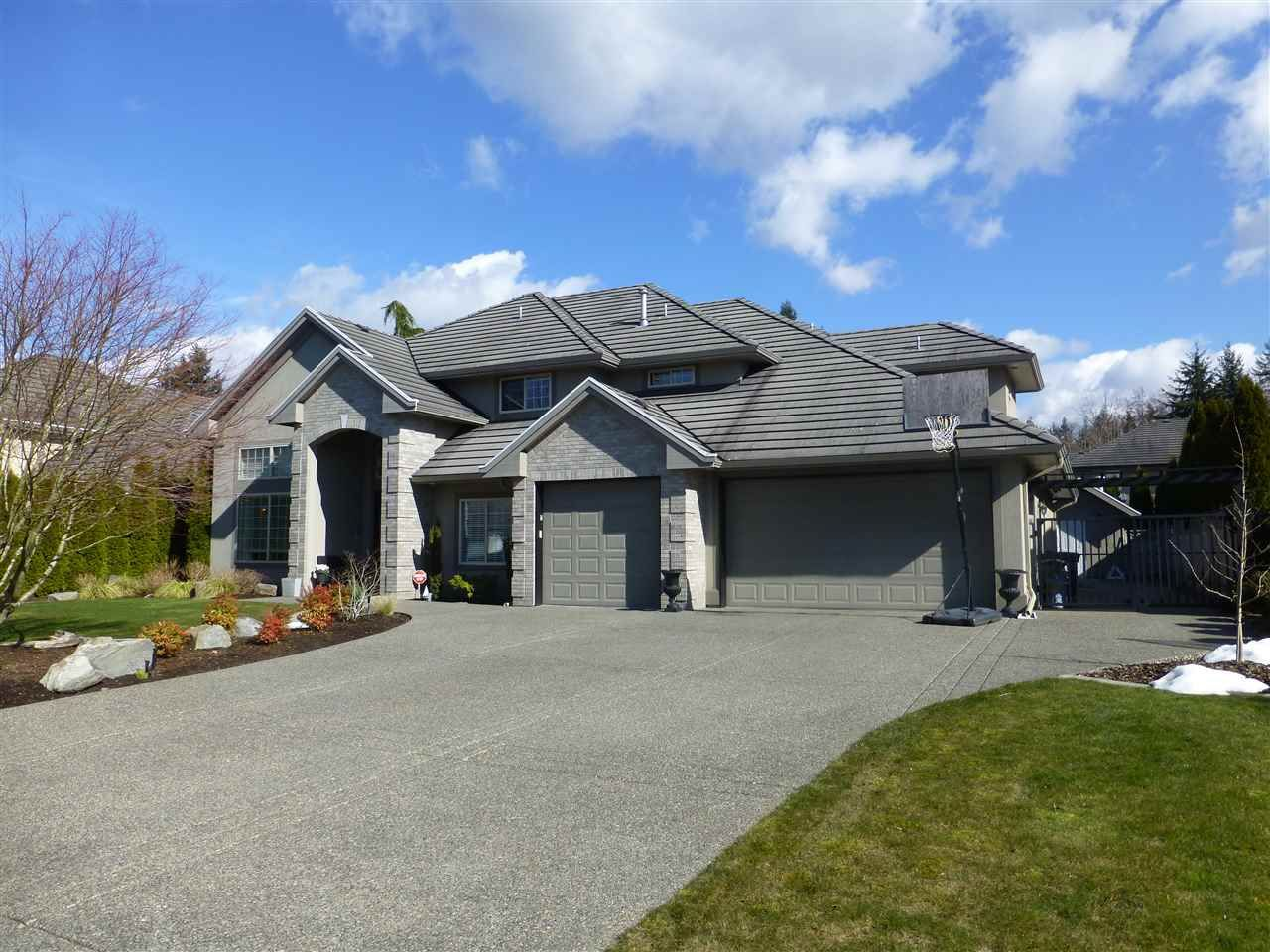 """Main Photo: 2132 139A Street in Surrey: Elgin Chantrell House for sale in """"CHANTRELL PARK ESTATES"""" (South Surrey White Rock)  : MLS®# R2245345"""