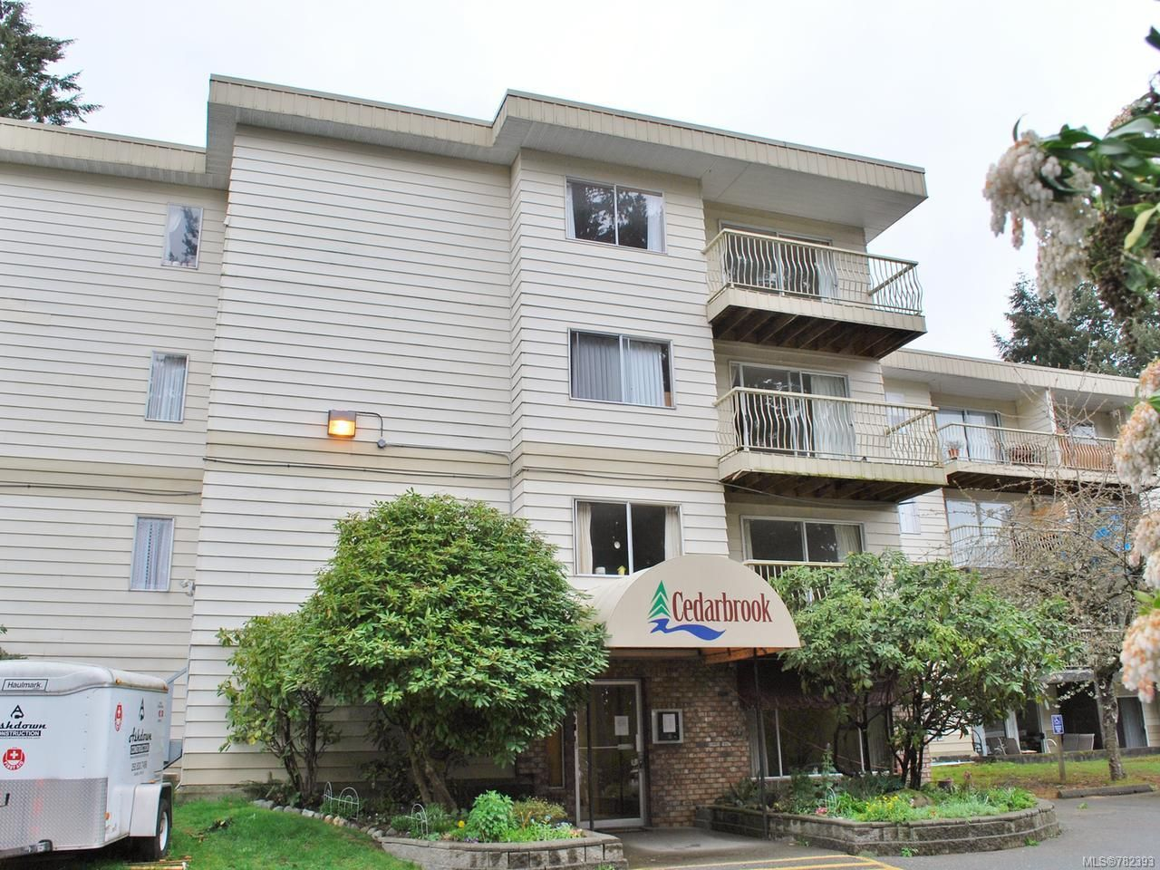 Photo 1: Photos: 402 322 Birch St in CAMPBELL RIVER: CR Campbell River Central Condo for sale (Campbell River)  : MLS®# 782393
