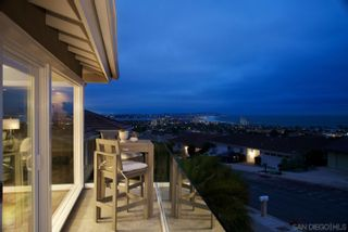 Photo 6: LA JOLLA House for sale : 5 bedrooms : 5459 Moonlight Lane