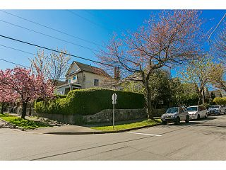 """Photo 11: 3105 ST. CATHERINES Street in Vancouver: Mount Pleasant VE House for sale in """"MOUNT PLEASANT"""" (Vancouver East)  : MLS®# V1116522"""