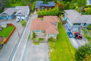 Photo 2: 1191 Munro St in : Es Saxe Point House for sale (Esquimalt)  : MLS®# 874494