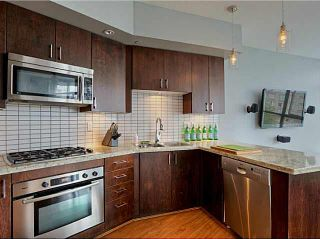 """Photo 4: 705 1050 SMITHE Street in Vancouver: West End VW Condo for sale in """"STERLING"""" (Vancouver West)  : MLS®# R2133078"""