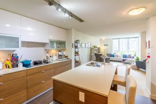"""Photo 13: 208 175 W 2ND Street in North Vancouver: Lower Lonsdale Condo for sale in """"VENTANA"""" : MLS®# R2625562"""