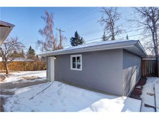 Photo 42: 179 WINDERMERE Road SW in Calgary: Wildwood House for sale : MLS®# C4103216