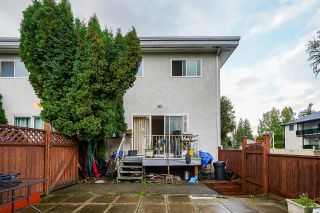 Photo 17: 7 33915 MAYFAIR Avenue in Abbotsford: Central Abbotsford Townhouse for sale : MLS®# R2622415