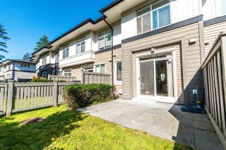 "Photo 3: 99 1125 KENSAL Place in Coquitlam: New Horizons Townhouse for sale in ""Kensal Walk"" : MLS®# R2363736"