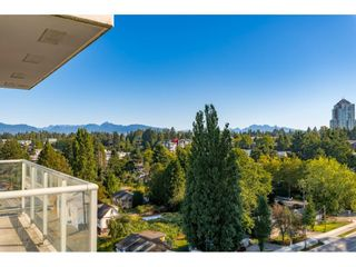 "Photo 1: 1009 13688 100 Avenue in Surrey: Whalley Condo for sale in ""Park Place I"" (North Surrey)  : MLS®# R2497093"