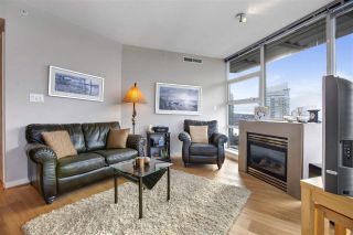 "Photo 8: 1802 638 BEACH Crescent in Vancouver: Yaletown Condo for sale in ""Icon"" (Vancouver West)  : MLS®# R2538936"