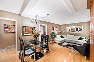 Photo 1: 310 Palmer Avenue in Richmond Hill: Harding House (Bungalow) for sale : MLS®# N3491245