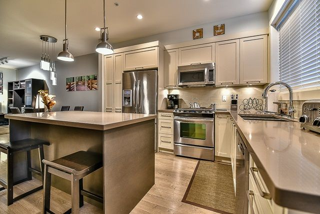 Photo 8: Photos: 23 12161 237 STREET in Maple Ridge: East Central Townhouse for sale : MLS®# R2043751