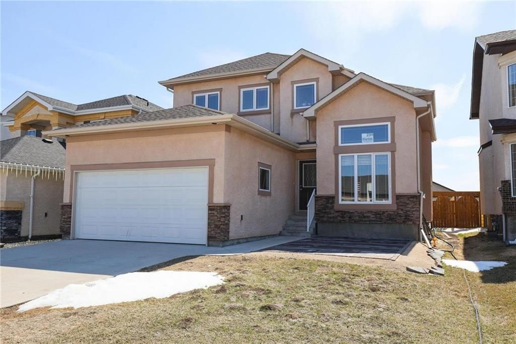 Main Photo: 234 Mosselle Drive in Winnipeg: Amber Trails Residential for sale (4F)  : MLS®# 202108728
