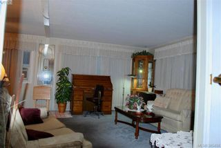 Photo 6: 34 1498 Admirals Rd in VICTORIA: VR Glentana Manufactured Home for sale (View Royal)  : MLS®# 774546
