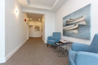 Photo 4: 305 2440 Oakville Ave in : Si Sidney South-East Condo for sale (Sidney)  : MLS®# 866860