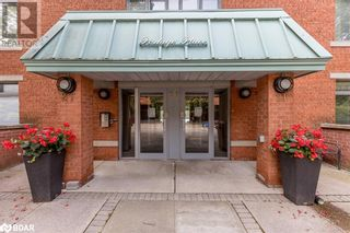 FEATURED LISTING: 21 KEMPENFELT Drive Barrie