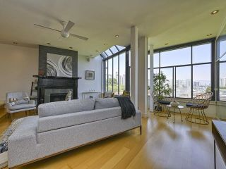 """Photo 17: 22 1201 LAMEY'S MILL Road in Vancouver: False Creek Condo for sale in """"Alder Bay Place"""" (Vancouver West)  : MLS®# R2597310"""
