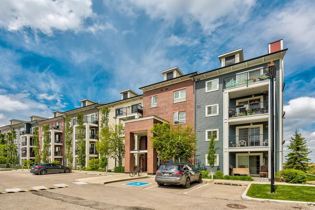 Main Photo: 3203 279 Copperpond Common SE in Calgary: Copperfield Apartment for sale : MLS®# A1117185