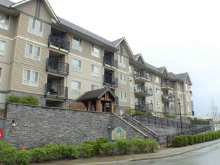 Photo 1: 406 9000 BIRCH STREET in Chilliwack: Chilliwack W Young-Well Condo for sale : MLS®# R2235319
