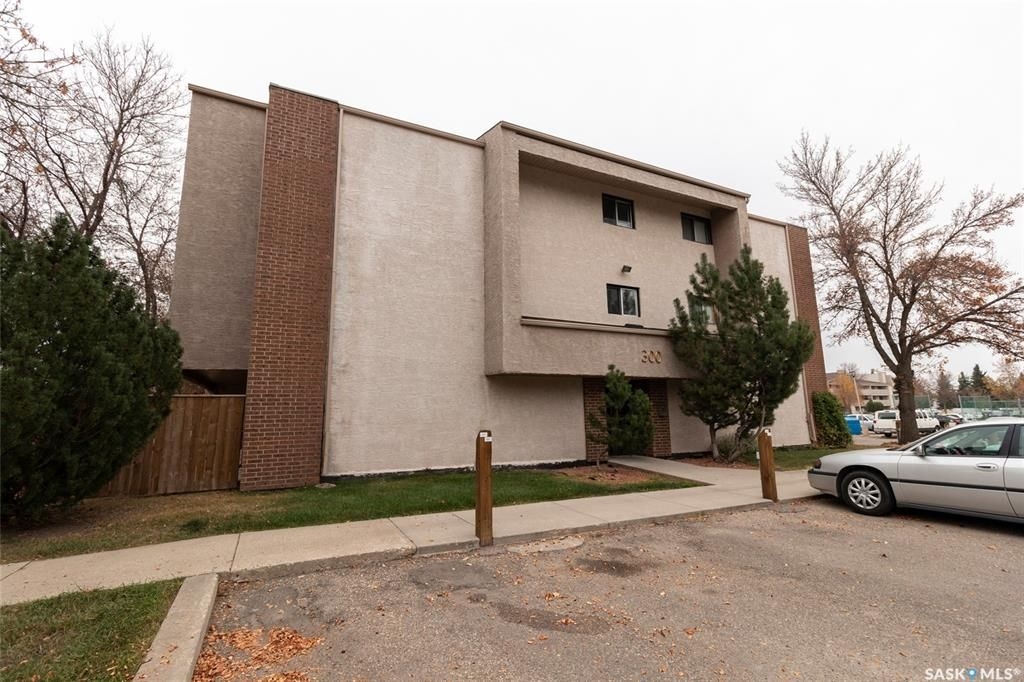 Main Photo: 324 310 Stillwater Drive in Saskatoon: Lakeview SA Residential for sale : MLS®# SK873611