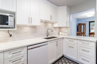 """Photo 2: 13 3397 HASTINGS Street in Port Coquitlam: Woodland Acres PQ Townhouse for sale in """"MAPLE CREEK"""" : MLS®# R2382703"""