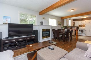 Photo 17: 3168 Jackson St in : Vi Mayfair House for sale (Victoria)  : MLS®# 853541
