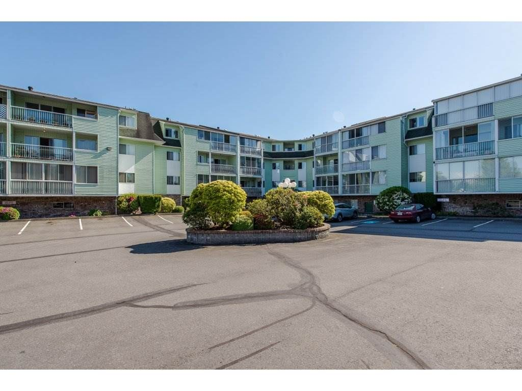 "Main Photo: 101 31850 UNION Street in Abbotsford: Abbotsford West Condo for sale in ""Fernwood Manor"" : MLS®# R2170353"