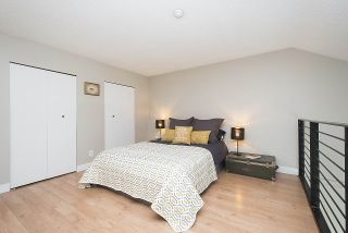 """Photo 11: 304 620 BLACKFORD Street in New Westminster: Uptown NW Condo for sale in """"DEERWOOD COURT"""" : MLS®# R2246699"""