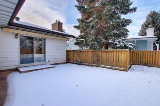 Photo 17: 762 Woodpark Road SW in Calgary: Woodlands Detached for sale : MLS®# A1048869
