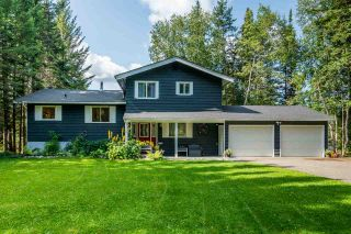 Photo 1: 3407 RIVERVIEW Road in Prince George: Nechako Bench House for sale (PG City North (Zone 73))  : MLS®# R2493775