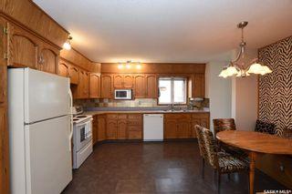 Photo 3: 47 Dale Crescent in Regina: Glencairn Village Residential for sale : MLS®# SK806120