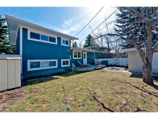 Photo 31: 2931 LATHOM Crescent SW in Calgary: Lakeview House for sale : MLS®# C4006222