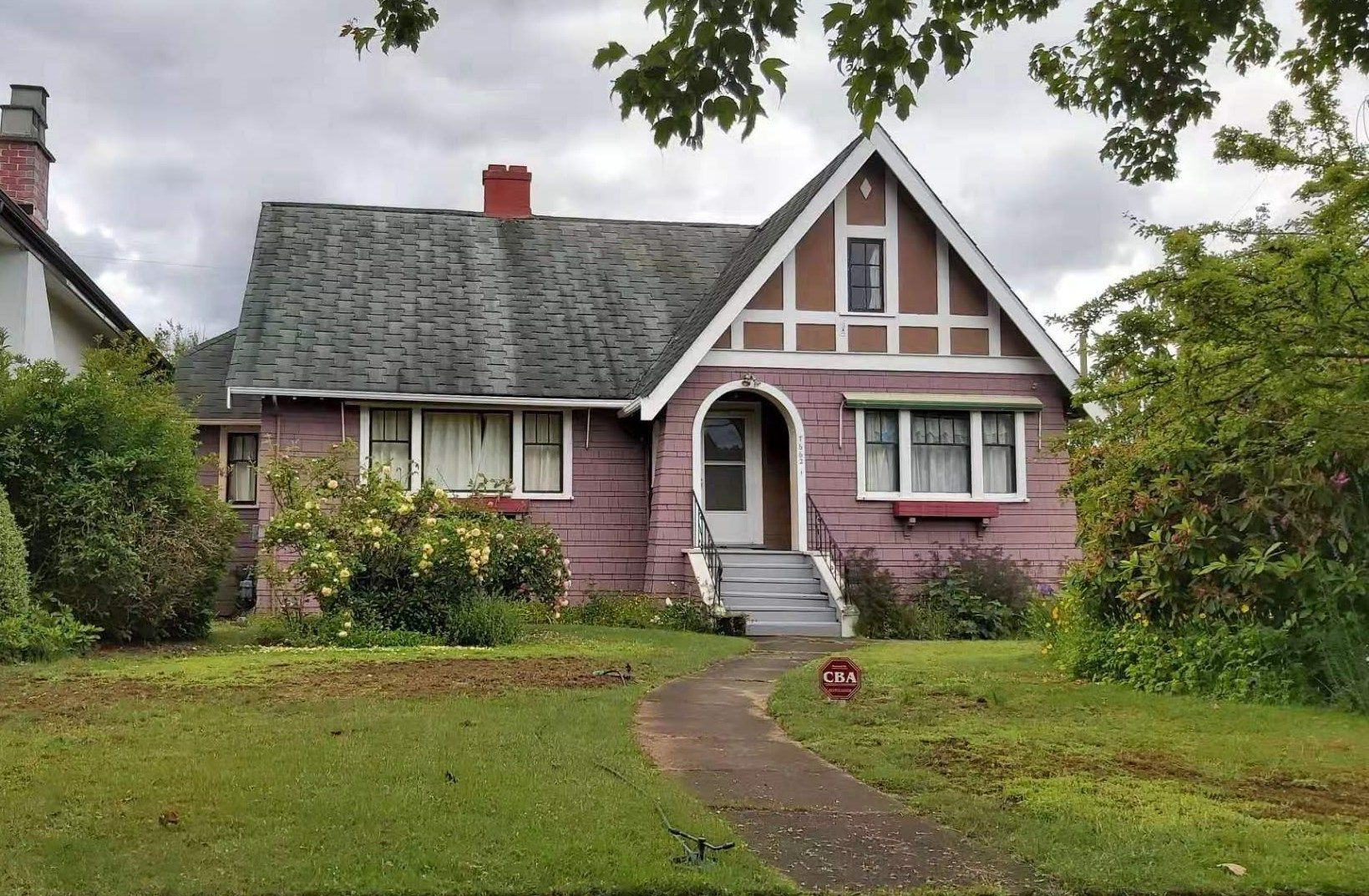 Main Photo: 7662 MONTCALM Street in Vancouver: South Granville House for sale (Vancouver West)  : MLS®# R2578724
