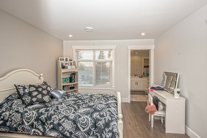 Photo 11: Photos: 919 MACINTOSH Street in Coquitlam: Harbour Chines House for sale : MLS®# R2014038