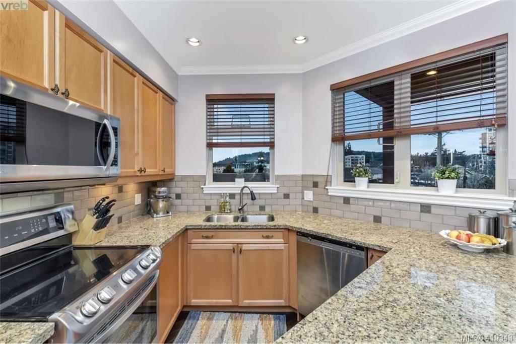 Photo 5: Photos: 308 755 Goldstream Ave in VICTORIA: La Langford Proper Condo for sale (Langford)  : MLS®# 829932