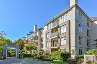 Photo 2: 309 15340 19A Avenue in Surrey: King George Corridor Condo for sale (South Surrey White Rock)  : MLS®# R2419437