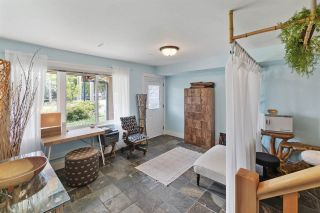 """Photo 12: 4 728 GIBSONS Way in Gibsons: Gibsons & Area Townhouse for sale in """"Islandview Lanes"""" (Sunshine Coast)  : MLS®# R2538180"""