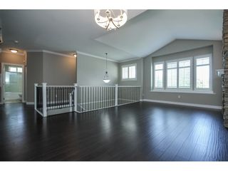 """Photo 4: 33039 BOOTHBY Avenue in Mission: Mission BC House for sale in """"Cedar Valley Estates"""" : MLS®# R2091912"""