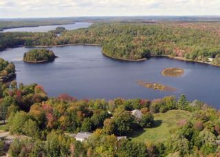 Photo 29: 55 Lake Shore Drive in West Clifford: 405-Lunenburg County Residential for sale (South Shore)  : MLS®# 202102286