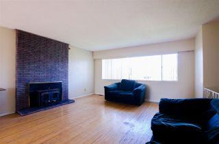 Photo 2: 5013 59 Street in Delta: Hawthorne House for sale (Ladner)  : MLS®# R2444771