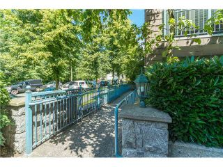 """Photo 19: 403 1199 WESTWOOD Street in Coquitlam: North Coquitlam Condo for sale in """"LAKESIDE TERRACE"""" : MLS®# V1105956"""