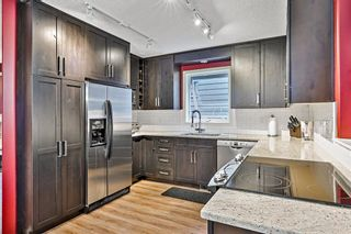 Photo 2: 917 Wilson Way: Canmore Detached for sale : MLS®# A1146764