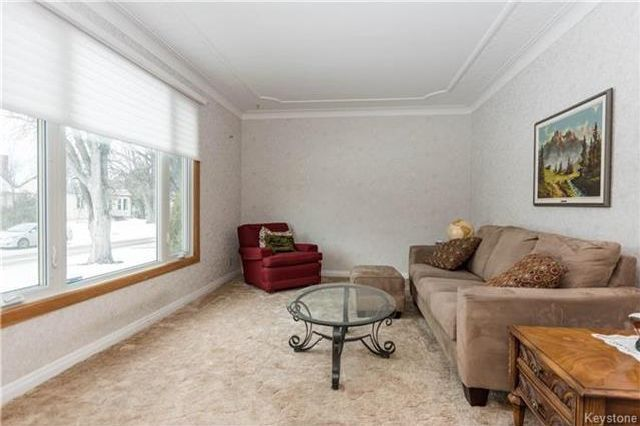 Photo 3: Photos: 155 Bourkevale Drive in Winnipeg: Bruce Park Residential for sale (5E)  : MLS®# 1801514
