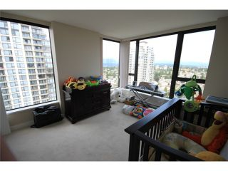 "Photo 7: 2302 7088 SALISBURY Avenue in Burnaby: Highgate Condo for sale in ""WEST"" (Burnaby South)  : MLS®# V906437"